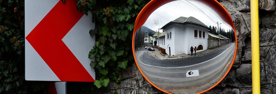 Importance des miroirs de circulation